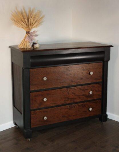 4 drawer dresser, black and stain